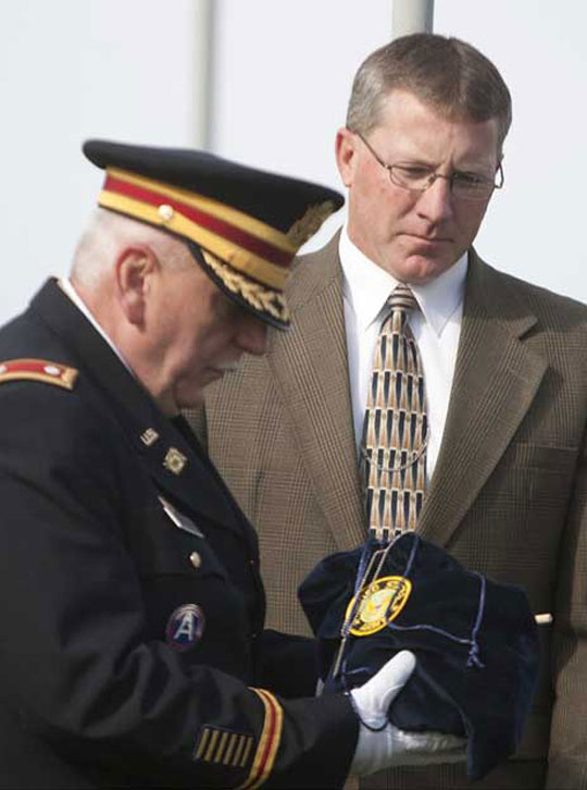 LTC Larry Scheetz and Funeral Director John Flynn at Interment ceremony on Veterans Day, November 11, 2012